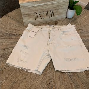 Zara men's white shorts